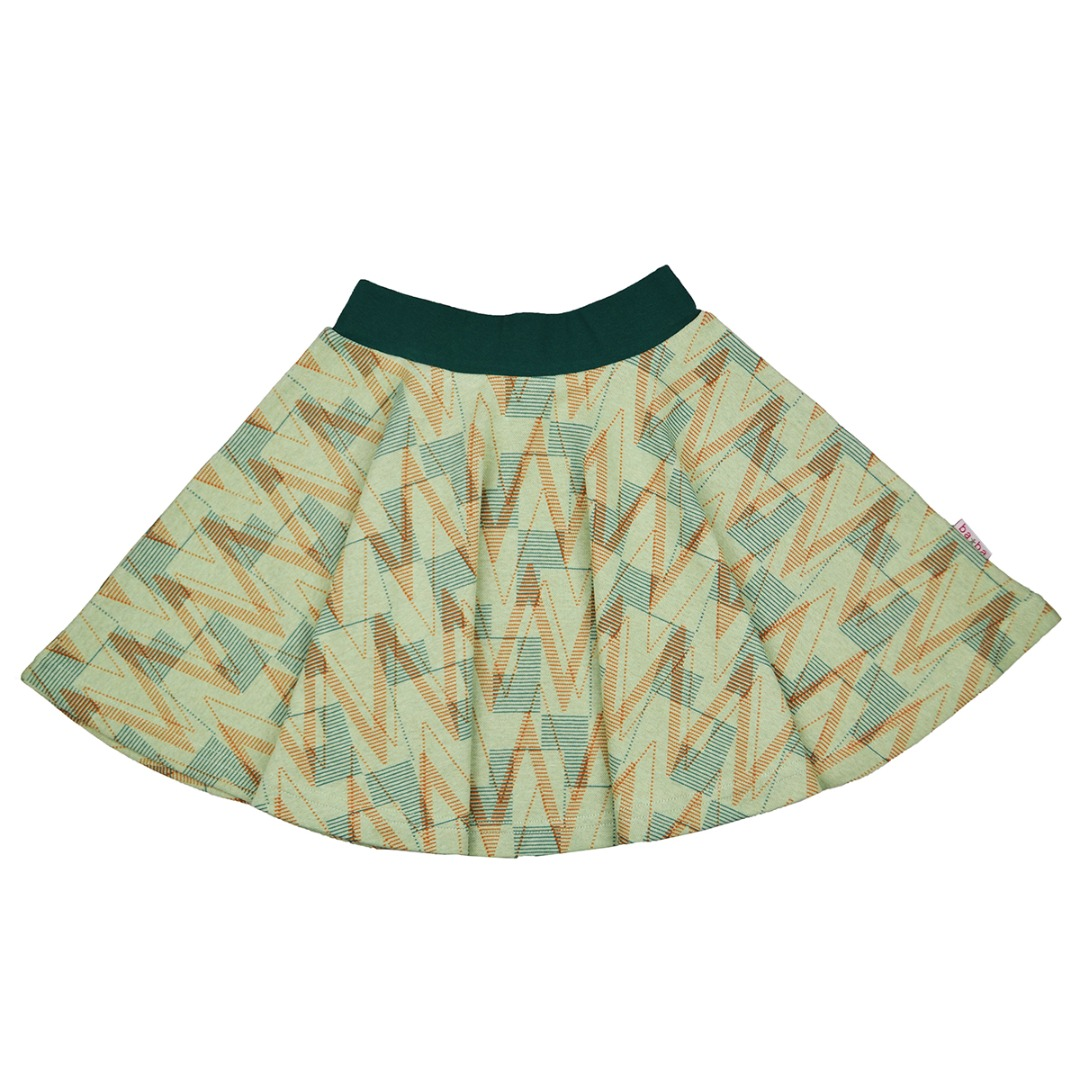 full circle geometric jacquard
